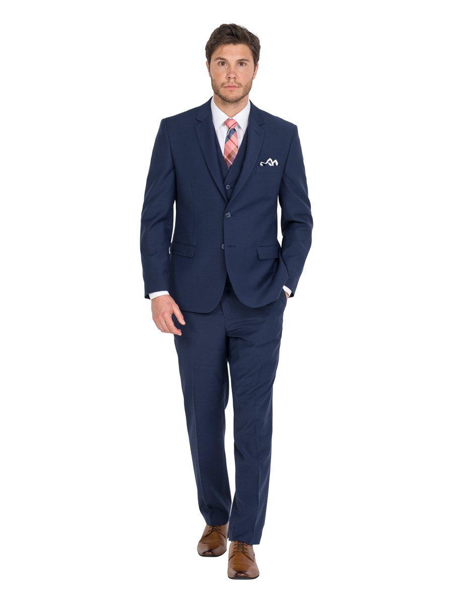At Formally Men we are focused on providing high-quality products and doing everything we can to exceed your expectations. We are a family owned business, b ased just north of Brisbane in Queensland, retailing in both Men's and Boy's Formal Wear.