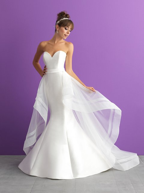 Allure Romance Bridal Gown 3001