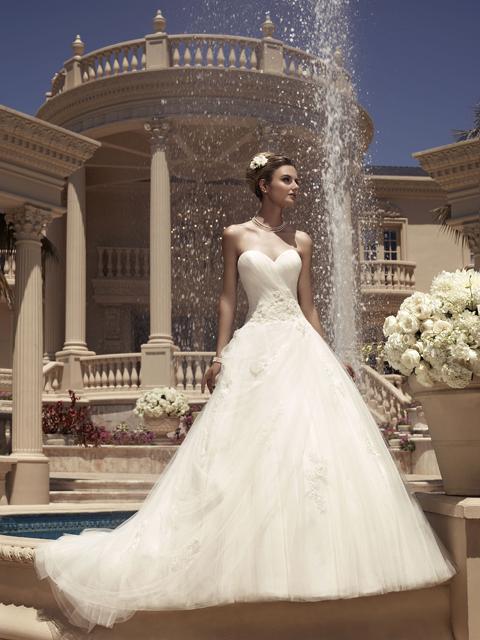 Casablanca Wedding Dress 2112
