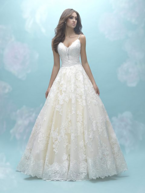 Designed for lace lovers allure 9466