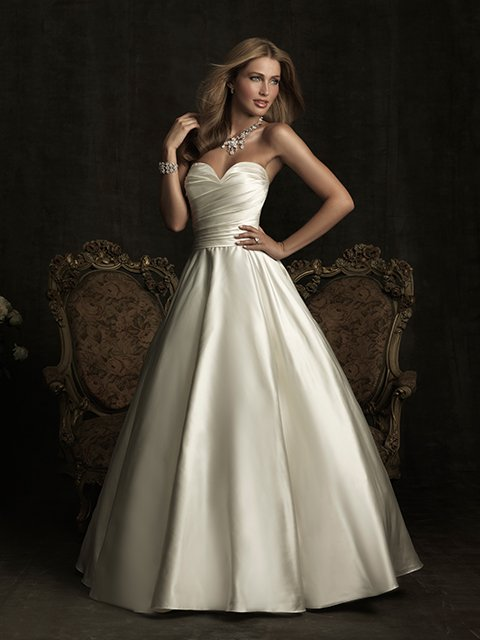 8919 Allure Bridals Wedding Dress