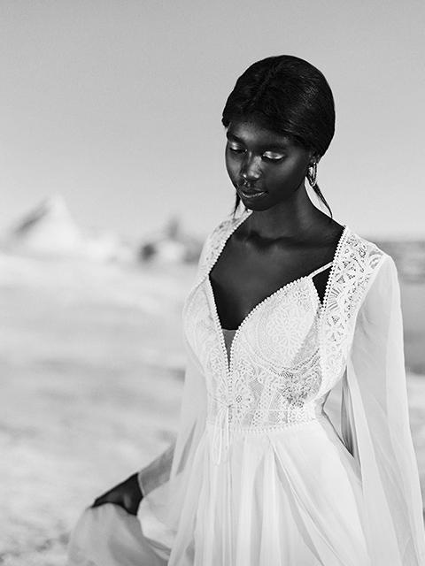 F189 Chiffon Skirt Strappy Wedding Dress